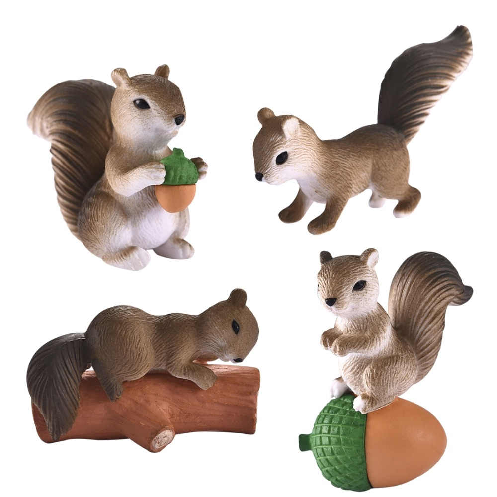 Lovely Squirrel Family Miniature (4 pcs)