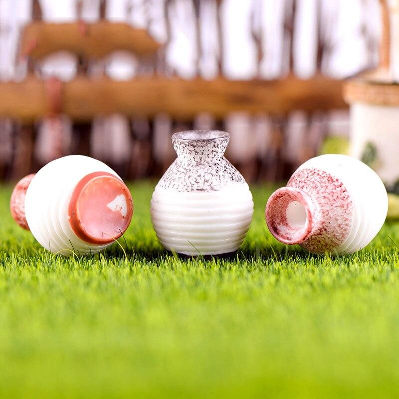 Mini Vase Figurines (3 pcs)
